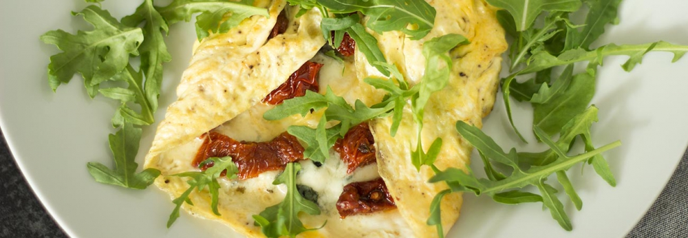 Roquefort and sun dried tomato omelette
