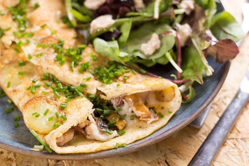 Smoked mackerel omelette with horseradish