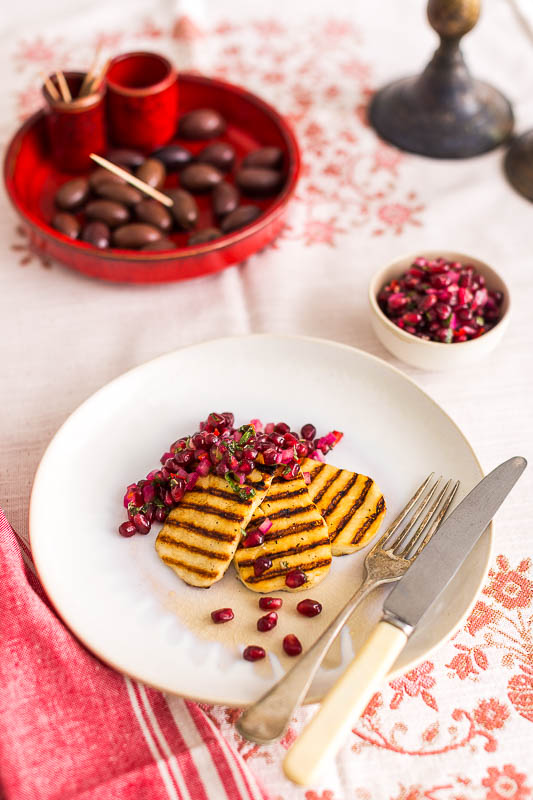 Soft, velveteen grilled halloumi cheese with pomegranate salsa makes a fantastic starter, the crunchy, sweet pomegranate seeds mix with bright, fresh mint, a dash of lime juice for a bright fresh salsa, slathered atop some hot grilled halloumi cheese deliver a truly joyful vegetarian dish!