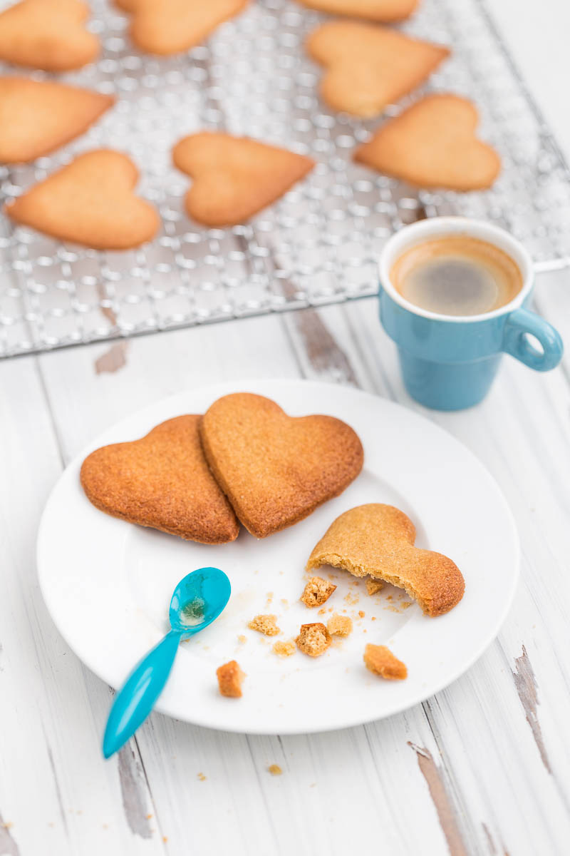 Today I'm sharing what might be the very first recipe that I ever wrote down. An easy baking recipe for ginger biscuits which I have now modified to include spelt. These spelt ginger biscuits are so simple that a five year old could make them (and probably has, judging by the writing).